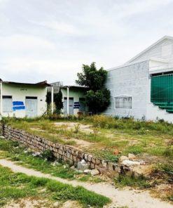 bán lô đất 2 mặt tiền đường Yên Ninh